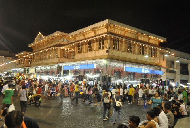 Tutuban Mall Night Market Photo