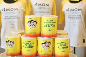 Nido Mom cans