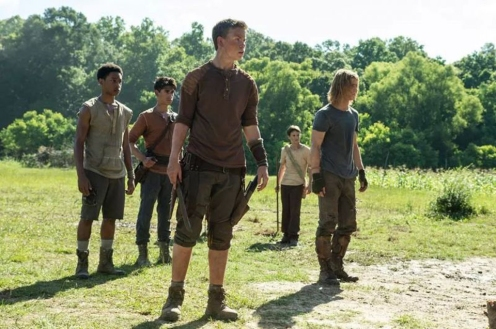 will poulter (center) in THE MAZE RUNNER