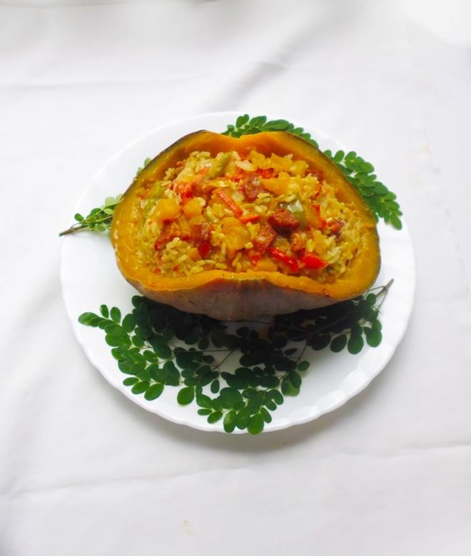 Philips_HalloweenRecipe_Tasty Rice in a pumpkin