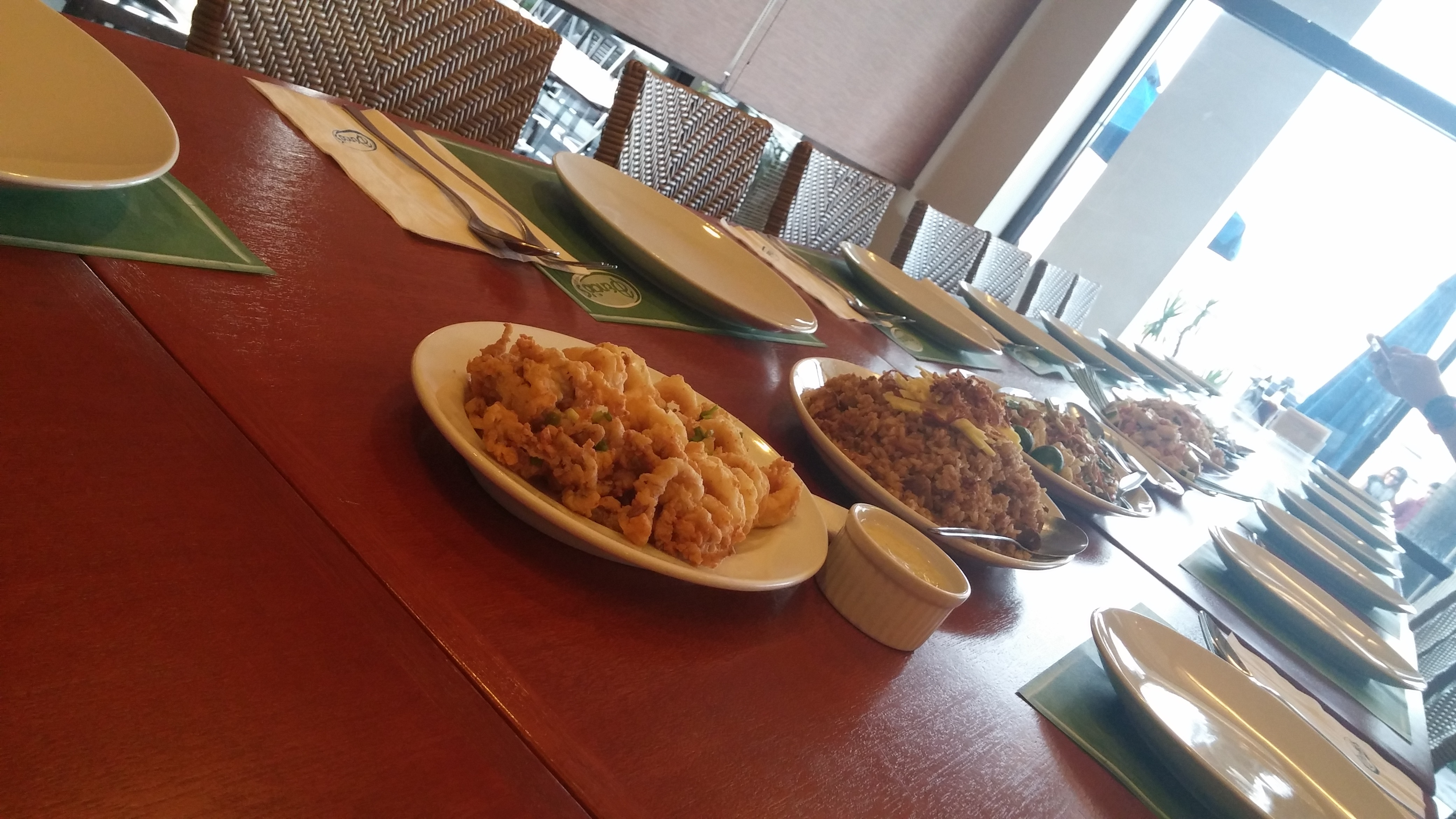 Dinner experience at dencio s bar and grill restaurant in for Food bar experience