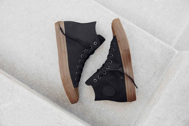 converse-chuck-taylor-all-star-ii-gumsole-hi-in-bla